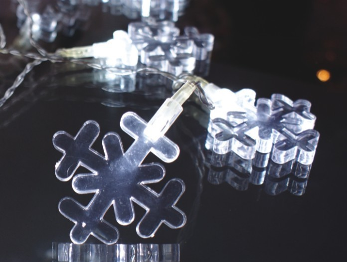 made in china  FY-009-A183 LIGHT CHAIN WITH SNOWFLAKE DECORATION  corporation